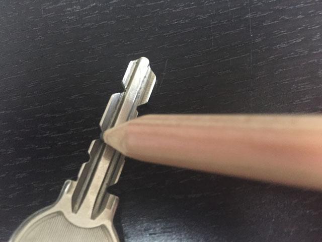 entrancedoor_key_03