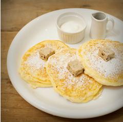 pancake-berry-fancy-store-location-01