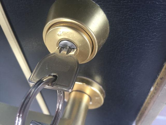 entrancedoor_key_01